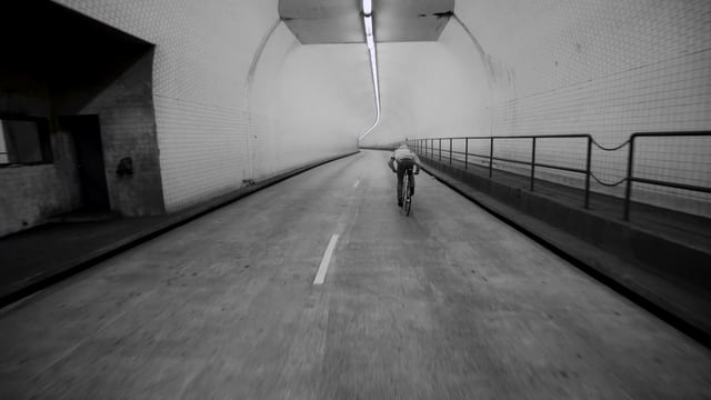 Dylan in the Broadway Tunnel